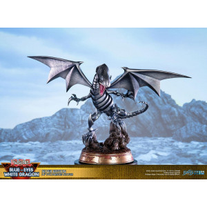 PREORDER ♦ Yu-Gi-Oh! - Blue-Eyes White Dragon - Silver Edition - 35 cm PVC Statue
