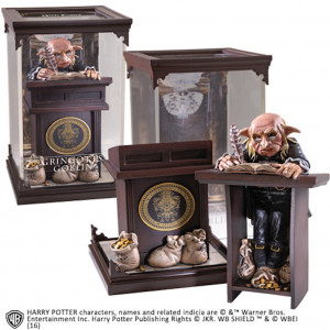 Harry Potter Magical Creatures Gringotts Goblin 19 cm figure