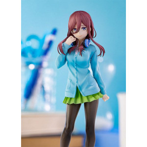 PREORDER ♦ The Quintessential Quintuplets - Miku Nakano - Pop Up Parade - 17cm PVC Statue